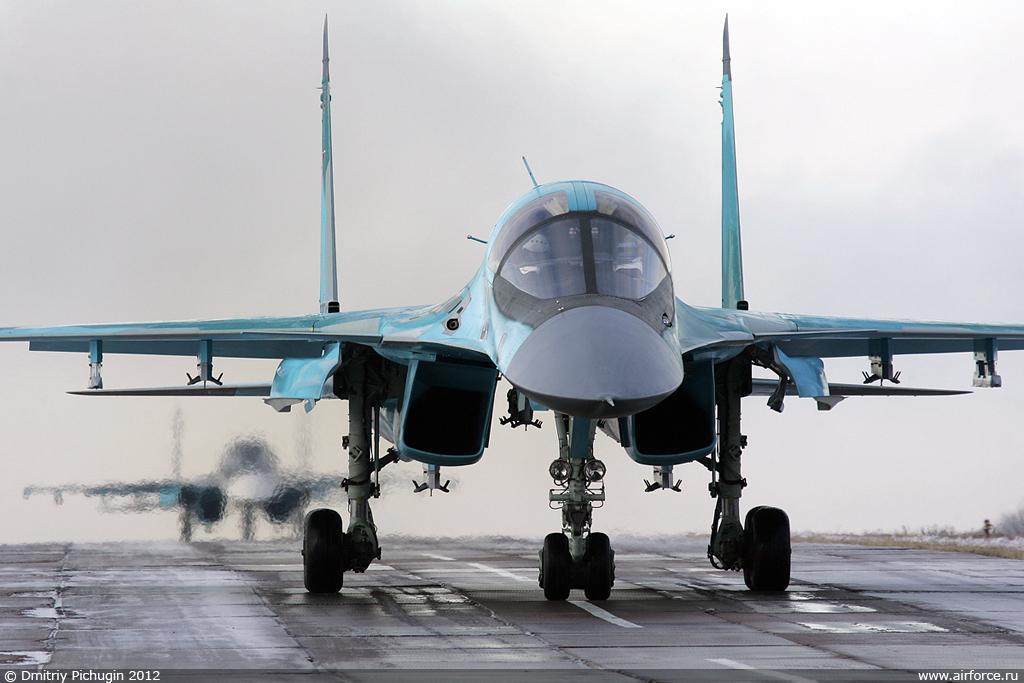 http://www.airforce.ru/content/attachments/51194-44874d1353233233-d_pichugin_su-34_1024.jpg