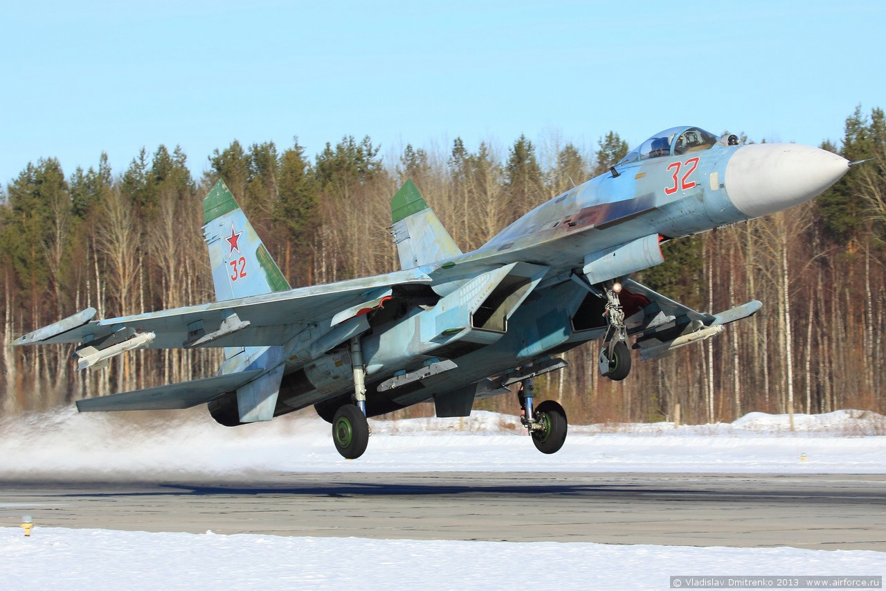 http://www.airforce.ru/content/attachments/51543-48665d1366407089-v_dmitrenko_ladoga-2013_55.jpg
