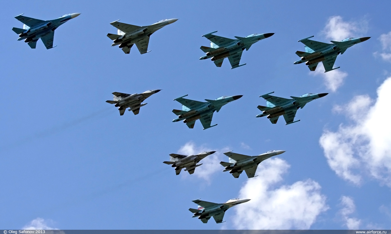 http://www.airforce.ru/content/attachments/53370-49189d1368468264-o_safonov_lipetsk_wing_1280.jpg