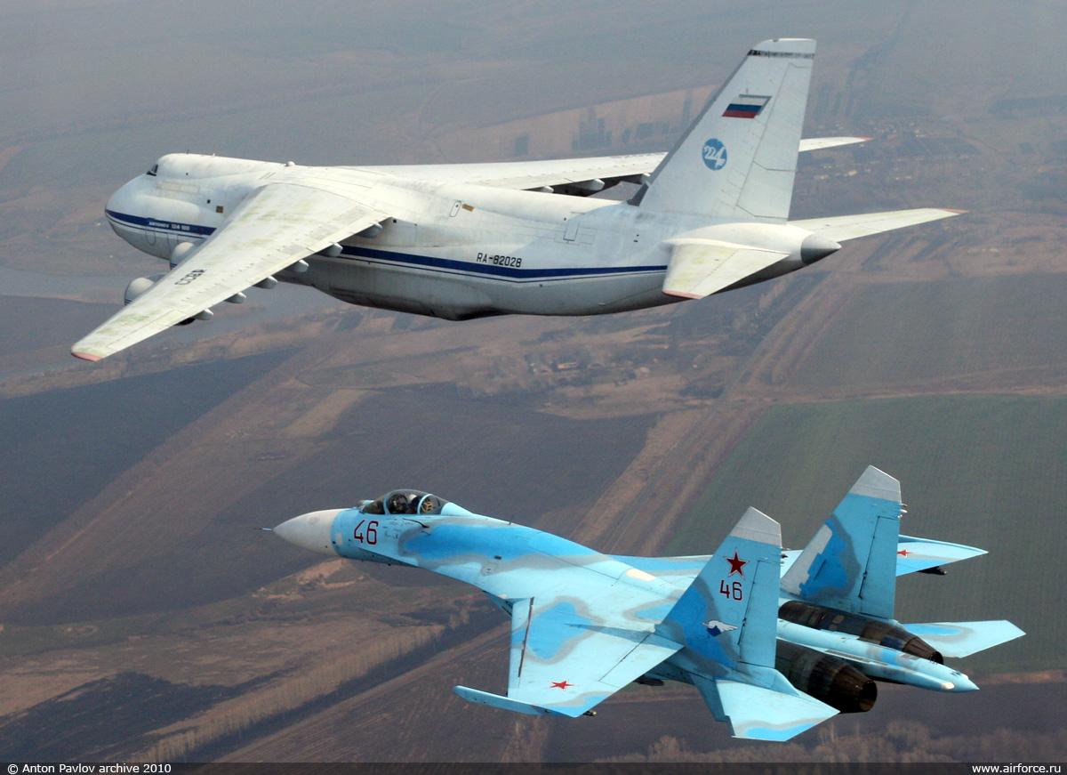http://www.airforce.ru/content/attachments/54340-54339d1403445328-ap_an-124_su-27_1200.jpg