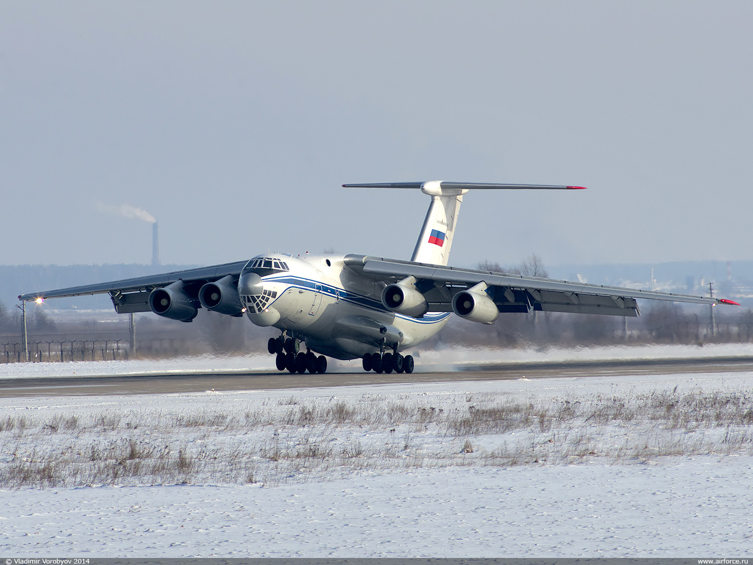 http://www.airforce.ru/content/attachments/59307-v_vorobyov_il-76td_rf-76325_1500.jpg