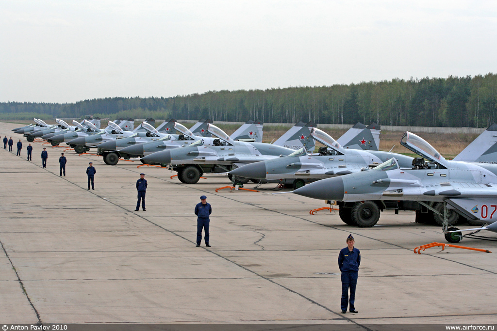 http://www.airforce.ru/photogallery/gallery9/mig-29smt_2/ap_mig-29smt_03_1024.jpg
